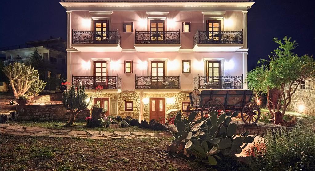 GALAXIDI ARCHONTIKO ART HOTEL | Ξενοδοχείο στο Γαλαξίδι Φωκίδας